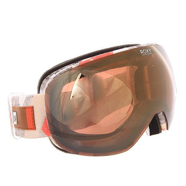 Маска для сноуборда женская Roxy Popscreen Frozen Mountain HeatСтильная маска Roxy Popscreen обладает ударопрочной двойной сферической линзой с 3D сетчатыми фильтрами, которая обеспечивает четкое и широкое поле зрения и сводит к минимуму искажения. Характеристики:Устойчивая к царапинам линза на 100% защищает от ультрафиолетового излученияАнтифоговое покрытие не дает маске запотевать изнутри. В месте соприкосновения с лицом имеется дополнительный слой пены и мягкого флиса, поглощающего влагу. Прочная внутренняя оправа выполнена из полиуретана для обеспечения комфортной посадки и обладает отличной системой вентиляции. Широкий регулируемый ремешок с накладкой против скольжения. Маска Roxy Popscreen совместима со всеми видами шлемов.<br><br>Цвет: мультиколор<br>Тип: Маска для сноуборда<br>Возраст: Взрослый<br>Пол: Женский