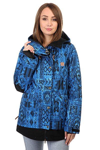 Куртка женская DC Riji TribalОригинальная сноубордическая куртка в двухслойном дизайне с мембраной EXOTEX 10 и утеплителем.Технические характеристики: Мембрана EXOTEX 10.Теплая и уютная подкладка из тафты.Утеплитель (тело 80 г, рукава 40 г).Критические швы проклеены.Вставки из сетки для воздухообмена.Капюшон с регулировкой.Фиксированная снежная юбка на кнопках.Система пристегивания куртки к штанам.Внутренние манжеты из лайкры с отверстиями для пальцев.Выход для провода наушников.Карманы для рук.Кармашек для скипасса на молнии на рукаве.Внутренний карман для маски.Манжеты с регулировкой на липучках.Подол на утяжке для защиты от ветра.Застежка на молнии с ветрозащитным клапаном на липучках.<br><br>Цвет: синий,черный<br>Тип: Куртка утепленная<br>Возраст: Взрослый<br>Пол: Женский