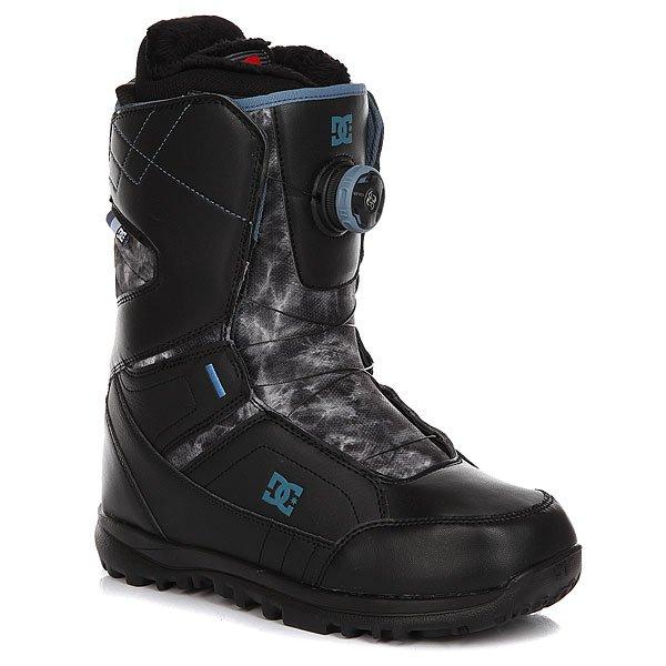 Ботинки для сноуборда женские DC Search Black/White/BlackDC Search - женский ботинок со шнуровкой Boa. Благодаря технологии Red Liner и 3D язычку анатомической формы,ботинок запоминает форму ноги,обеспечивая идеальную посадку. А простая в использовании технология BOA позволяет затянуть ботинок за считаные секунды даже не снимая перчаток. Характеристики:Жесткость: 6/10. Система шнуровки BOA H3 - быстрый и лёгкий способ затянуть ботинок для катания, обеспечив идеальную посадку по ноге, а затем расслабить ботинок для ходьбы. Технология Red Liner - многослойная конструкция внутреннего сапога с участием специальной EVA-пены, обладающей «памятью», в сочетании с его терморегуляционной флисовой подкладкой подарит идеальную посадку сапога, комфорт и тепло. Низкопрофильная стелька дает больший контроль над доской и в то же время смягчает отдачу на приземлении. Подошва UNILITE - запатентованная технология обеспечивает прочность, амортизацию, устойчивость к деформации и маленький вес. Она сконструирована так, чтобы избежать налипания снега. Новый 3D язычок анатомической формы для еще большего комфорта. Прочная конструкция. Стильный дизайн.<br><br>Цвет: черный,серый<br>Тип: Ботинки для сноуборда<br>Возраст: Взрослый<br>Пол: Женский