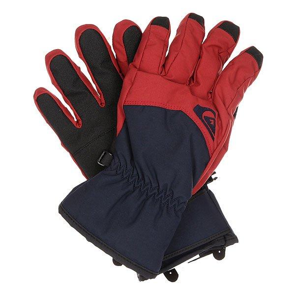 Перчатки сноубордические Quiksilver Cross Glove PomegranateМужские сноубордические перчатки с непромокаемым верхом и утеплителем Warmflight®, которые обеспечат Вам сухость, тепло и комфорт в течение всего дня на склоне. Полиуретановая вставка на ладони увеличит износостойкость и придаст цепкости при захвате грэбов, а замшевая панель на большом пальце поможет быстро и качественно протереть линзу маски или объектив камеры. Характеристики:Утеплитель Warmflight® 170 г. Предварительно формованная модель. Вставка для протирания маски на большом пальце. Регулируемые манжеты на липучках. Ладонь из полиуретанового кожзаменителя. Эластичный лиш.<br><br>Цвет: черный,бордовый<br>Тип: Перчатки сноубордические<br>Возраст: Взрослый<br>Пол: Мужской