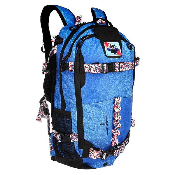 Рюкзак туристический Quiksilver Qs X Jd Sodalite BlueКоллаборация Julien David X Quiksilver. Функциональный рюкзак Oxydized для активного отдыха со специальными креплениями для лыж и сноуборда. В рюкзаке имеются несколько карманов для необходимых вещей на склоне.Технические характеристики: Передний карман для крепления щупа и лопатки с быстрым доступом.Карман для одной или двух масок на флисовой подкладке.Компактная петельная система крепления лыж.Система горизонтального и вертикального крепления сноуборда.Подходит для использования с системой гидрации.Съемный ремень на уровне пояса.Формованные заплечные лямки.Регулируемая горизонтальная лямка для оптимального распределения нагрузки.Сигнальный свисток.<br><br>Цвет: голубой,мультиколор<br>Тип: Рюкзак туристический<br>Возраст: Взрослый<br>Пол: Мужской