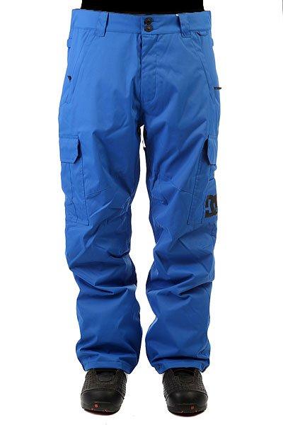 Штаны сноубордические DC Banshee Nautical BlueСноубордические штаны с карманами-карго и мембраной 10000 на 5000. На самом деле, эта модель уже давно присутствует в коллекциях компании DC и пользуется большой популярностью благодаря шикарному соотношению цены и качества. Проклеенные швы, немного утеплителя (40 г) и эргономичный крой - все это позволит Вам кататься в них с комфортом в любую погоду и в любом месте.Характеристики:Влагостойкая ткань Exotex 10K. Стандартный крой. Проклеенные критические швы. Сетчатая подкладка в зонах вентиляции.Подкладка из тафты. Снегозащитные гетры. Встроенная регулировка талии. Застежка на пуговицах. Крючок на манжете для крепления к ботинку. Петли для крепления штанов к куртке. Карманы для рук на молнии. Эргономичный крой в районе коленей. Два вместительных боковых кармана. Два задних кармана на липучке Velcro.<br><br>Цвет: синий<br>Тип: Штаны сноубордические<br>Возраст: Взрослый<br>Пол: Мужской