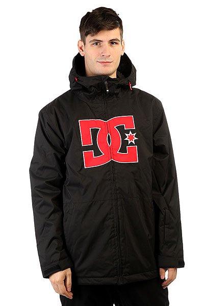 Куртка DC Story BlackМинимум деталей - максимум производительности! Легкая куртка DC Story создана для катания в прохладную или солнечную погоду, но эргономичный крой рукавов и относительно свободная конструкция позволят надевать под куртку дополнительный флисовый слой для утепления. Лаконичный крой прячет в себе отличный функционал в виде продуманных карманов для хранения маски и других полезных вещей, снегозащитная юбка, регулируемый капюшон и манжеты на липучке обеспечат защиту от ветра и снега, создавая комфортные условия для катания. Характеристики:Прямой крой. Мембранная дышащая влагостойкая тканьEXOTEX™ 10K (10000мм, 5000г/м2). Утеплитель 80г туловище, 40г рукава. Подкладка: тафта. Швы проклеены в стратегических местах.Вентиляционные сетчатые карманы подмышками. Регулируемый капюшон.Капюшон с козырьком. Эргономичный крой рукавов. Фиксированная снегозащитная юбка. Система крепления куртки к штанам. Регулируемые на липучке манжеты. Внутренний медиа-карман на липучке. Внутренний сетчатый карман.Карман на липучке на рукаве для ски-пасса. Два кармана для рук на молнии.Фирменный логотип на груди. Застежка на молнии. Утягивающийся подол.<br><br>Цвет: черный<br>Тип: Куртка утепленная<br>Возраст: Взрослый<br>Пол: Мужской
