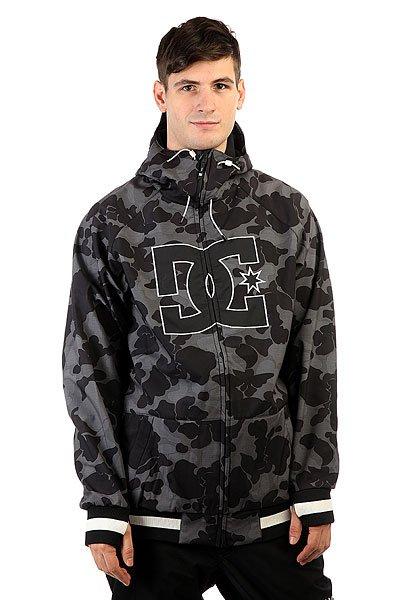 Куртка DC Spectrum Camouflage Lodge GreЛегкая куртка, выполненная из влагостойкой ткани Exotex 10K, станет отличной альтернативой теплой куртке для катания жарким весенним днем. Удобные эластичные манжеты с прорезью для большого пальца и снегозащитная юбка не позволят снегу попасть под одежду. Вместительные карманы для рук на молнии и внутренний сетчатый карман позволят захватить с собой необходимые мелочи. DC Spectrum может стать универсальной курткой как для городских путешествий, так и для покорения склонов благодаря своему классическому дизайну, не обремененному лишними деталями.Характеристики:Влагостойкая ткань Exotex 10K(10 000 мм / 10 000 г). Теплая трикотажная подкладка. Прямой крой. Снегозащитная юбка.Капюшон с 2 вариантами регулировки. Вышитый логотип DC на груди. Два кармана для рук на молнии. Отверстия для большого пальца в манжетах. Контрастные эластичные манжеты и подол. Внутренний сетчатый карман. Медиа-карман в кармане для рук. Коллекция Foundation.<br><br>Цвет: черный,серый<br>Тип: Куртка утепленная<br>Возраст: Взрослый<br>Пол: Мужской