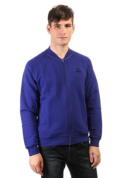 Бомбер Le Coq Sportif Adorlo Tracktop Ultra Blue/Pur RougeИдеальное воплощение изысканного французского стиля и классики, куртка, в которой сочетается спорт и шик.Технические характеристики: Флис с начесом премиум качества.Без подкладки.Эластичный воротник, манжеты и подол.Два передних кармана.Застежка на молнии.<br><br>Цвет: синий<br>Тип: Бомбер<br>Возраст: Взрослый<br>Пол: Мужской