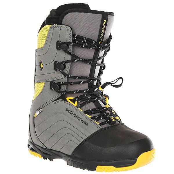 Ботинки для сноуборда DC Scendent Grey/YellowЧерпая вдохновение в классических кедах DC для скейтбординга, новые сноубордические ботинки Scendent – это модель с традиционной шнуровкой, сапожком из материалов класса премиум, подошвой Impact G и отличным внутренником Double Black.Технические характеристики: Традиционная шнуровка.Подошва Impact-G™.Внутренник Double Black.Стелька Impact-S™.Встроенная независимая регулировка посадки ботинка по лодыжке.Фурнитура Wrap Lock для фиксации шнуровки.Жесткость 9/10.<br><br>Цвет: серый,желтый<br>Тип: Ботинки для сноуборда<br>Возраст: Взрослый<br>Пол: Мужской