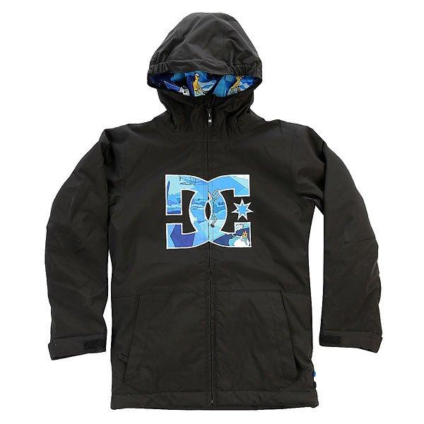 Куртка детская DC Story Adventure TimeПод лаконичным дизайном этой крутки скрывается отличный катальный функционал, который не даст Вам замерзнуть, набрать внутрь снега или ощутить неудобство во время отработки нового трюка. Яркости внешнему виду добавляет большой фирменный логотип на груди, а мембранная тканьEXOTEX™ 10K, дополненная 120г утеплителем, обеспечит сохранение тепла и комфорта. Функциональные карманы позволят держать под рукой не только ски-пасс, но и смартфон с любимой музыкой, а прямой крой обеспечит стильный и аккуратный внешний вид как на склоне, так и в городе.Характеристики:Дышащая влагостойкая мембранная ткань EXOTEX™ 10K (10 000 мм, 5 000г/м2). Утеплитель: 120г туловище, 80г рукава. Подкладка: тафта. Прямой крой и непринужденный стиль для свободы движений. Швы проклеены в стратегических местах. Капюшон с эластичной кромкой. Фиксированная снегозащитная юбка. Сетчатые вентиляционные карманы подмышками. Система крепления куртки к штанам. Регулируемые на липучке манжеты. Внутренний карман на липучке. Внутренний сетчатый карман. Два кармана для рук с теплой подкладкой на молнии. Карман на липучке на рукаве для ски-пасса. Фирменный логотип на груди.<br><br>Цвет: черный<br>Тип: Куртка утепленная<br>Возраст: Детский