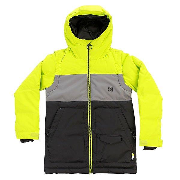 Куртка детская DC Downhill Tender ShotsВсе что требуется от правильной сноубордической куртки - это функционал и возможность надежно уберечь юного райдера от холода и снега. Куртка DC Downhill готова при необходимости превратиться в теплый жилет, что будет очень кстати в теплую погоду, а во время зимних холодов пуховый наполнитель в сочетании с влагостойкой тканью Exotex 10K не позволит ни морозу ниветру испортить впечатления от катания. Характеристики:Влагостойкая ткань Exotex 10K(10 000 мм / 10 000 г). Утеплитель: пух Hybrid Down 300 гр (туловище и рукава). Подкладка: тафта. Прямой крой. Снегозащитная юбка.Капюшон.Съемные рукава. Небольшой логотип DC на груди. Внутренние манжеты из лайкры. Регулируемые манжеты на липучке. Два кармана для рук на молнии с внешним карманом для ски-пасса.Внутренний сетчатый карман. Внутренний карман на молнии с медиа-портом.<br><br>Цвет: серый,черный,зеленый<br>Тип: Куртка утепленная<br>Возраст: Детский