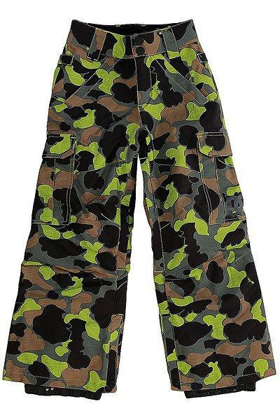 Штаны сноубордические детские DC Banshee Camouflage Lodge YouДетские сноубордические штаны, в которых есть всё необходимое для комфортного самочувствия Вашего ребёнка во время катания, независимо от погодных условий. Водонепроницаемая мембранная ткань Exotex 10K и утеплитель 80г защитят от снега, влаги и холода. Как и во взрослых моделях, штаны имеют систему внутренней регулировки талии и систему вентиляции на молниях с внутренней стороны бедер.Характеристики:Влагостойкая ткань Exotex 10K (10 000 мм. / 5 000 г.). Классический крой. Утеплитель 80 г. Подкладка из тафты. Проклеенные критические швы. Сетчатые вставки для вентиляции с внутренней стороны. Снегозащитные гетры с влагостойкой обработкой DWR. Встроенная регулировка талии. Застежка на пуговицах. Крючок на манжете для крепления к ботинку. Петли для крепления штанов к куртке. Карманы для рук на молнии. Два вместительных боковых кармана. Два задних кармана на липучке Velcro.<br><br>Цвет: черный,зеленый,коричневый<br>Тип: Штаны сноубордические<br>Возраст: Детский