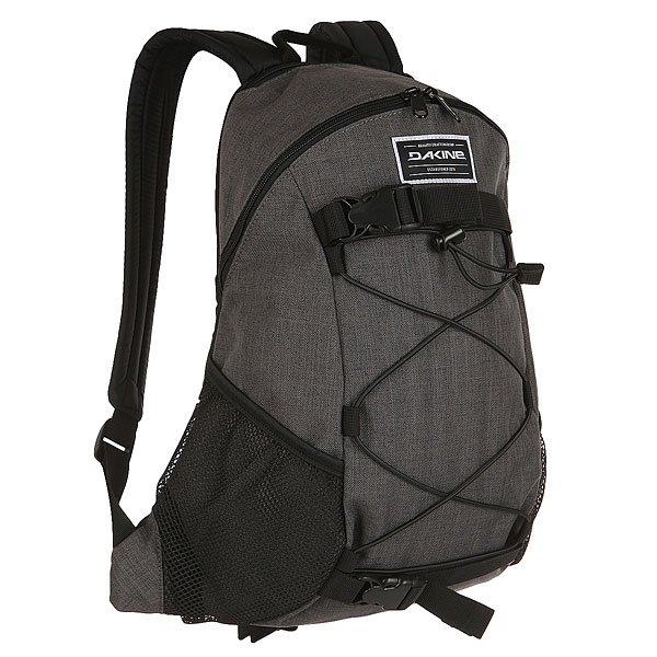 Рюкзак спортивный Dakine Wonder CarbonКомпактный городской рюкзак, который будет как нельзя кстати в тех ситуациях, когда нет необходимости брать много вещей. Стрепы для крепления доски позволят взять с собой лонгборд или скейт, а фиксирующая резинка пригодится для удобного крепления, например, верхней одежды. Практичный вариант для повседневной жизни.Характеристики:Просторное основное отделение. Карман для солнцезащитных очков. Боковые сетчатые карманы. Фиксирующая резинка.Регулируемые плечевые ремни. Удобная ручка для переноски в руке.Регулируемые ремни для переноски доски. Регулируемый поясной ремень.<br><br>Цвет: серый<br>Тип: Рюкзак спортивный<br>Возраст: Взрослый
