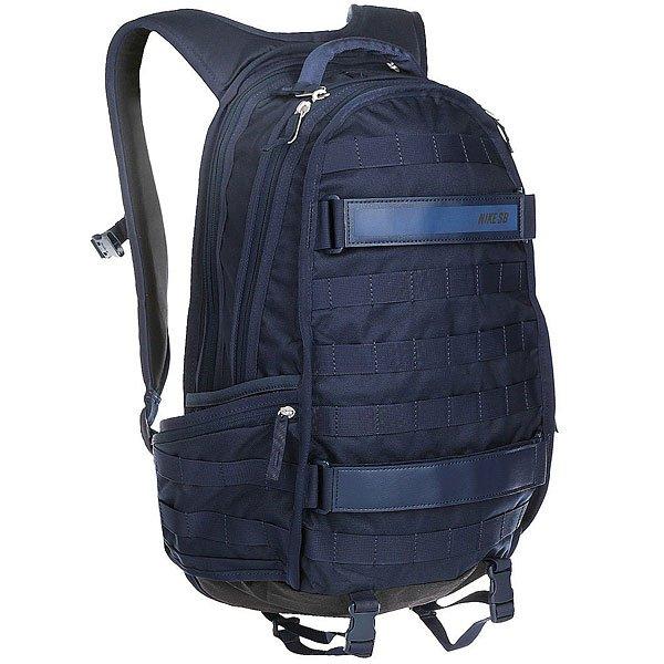 Рюкзак спортивный Nike Net Prophet 2.0 Backpack Cargo NavyРюкзак Nike Net Prophet 2.0: прочная продуманная конструкция. Сделанный из сверхпрочной нейлоновой ткани, рюкзак Nike Net Prophet 2.0 имеет множество карманов, что позволяет упорядоченно хранить твои вещи.Характеристики:Просторное основное отделение на двусторонней молнии, вмещающее папку формата А4. Дополнительное отделение на молнии. Удобный карман на молнии с наружной стороны. Мягкие регулируемые лямки. Лицевые ремни для крепления скейта. Два боковых кармана на молнии.Защитная уплотненная задняя панель.<br><br>Цвет: синий<br>Тип: Рюкзак спортивный<br>Возраст: Взрослый<br>Пол: Мужской