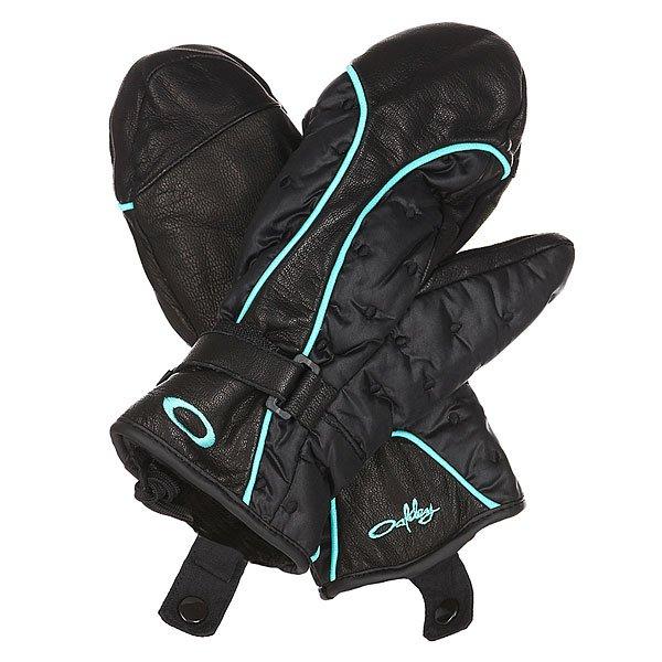 Варежки сноубордические женские Oakley Boiler Mitt BlackЖенские сноубордические варежки из натуральной кожи с утеплителем Thinsulate.Технические характеристики: Водостойкая кожа и стеганый нейлон.Утеплитель Thinsulate.Подкладка из искусственного меха.Регулируемая манжета.Съемный лиш.<br><br>Цвет: черный<br>Тип: Варежки сноубордические<br>Возраст: Взрослый<br>Пол: Женский