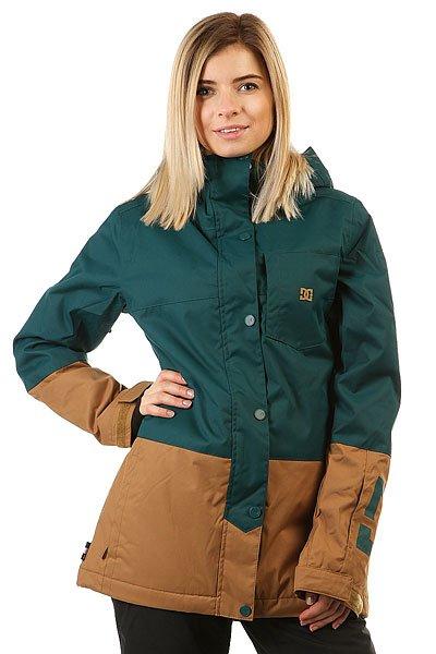 Куртка женская DC Shoes Defy Deep TealНевероятно функциональная катальная куртка, выполненная в стиле колорблок и дополненная узнаваемым фирменным логотипом на груди и на рукаве. DC Defy выполнена из мембранной тканиEXOTEX™ 10K и дополнена утеплителем, а благодаря внутренним манжетам из лайкры и снегозащитной юбке всегда готова защитить от ветра и холода, не пустив внутрь снег. КурткаDC Defy обладает прямым кроем и готова помочь составить непринужденный расслабленный образ, никак не ограничивая в свободе движений.Характеристики:Дышащая влагостойкая мембранная ткань EXOTEX™ 10K (10 000 мм, 5 000г/м2). Утеплитель: 100г туловище, 60г рукава. Подкладка: тафта. Прямой крой и непринужденный стиль для свободы движений. Швы проклеены в стратегических местах. Сетчатые карманы для вентиляции подмышками.Регулируемый в двух направлениях капюшон. Капюшон с козырьком.Фиксированная снегозащитная юбка. Система крепления куртки к штанам.Внутренние манжеты из лайкры. Регулируемые на липучке манжеты.Нагрудный карман на вертикальной молнии с внутренним аудио-выводом.Внутренний сетчатый карман. Два кармана для рук с теплой подкладкой на молнии. Карман на молнии на рукаве для ски-пасса. Фирменный логотип на нагрудном кармане и рукаве. Состав: 100% полиэстер.<br><br>Цвет: зеленый,коричневый<br>Тип: Куртка утепленная<br>Возраст: Взрослый<br>Пол: Женский