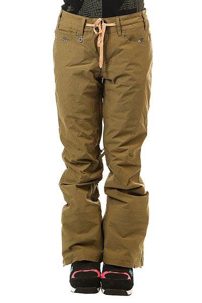 Штаны сноубордические женские Roxy Woodrun Military OliveВ штанах Roxy Woodrun нет абсолютно никаких лишних деталей, все сосредоточено на оптимальном функционале и отличной мембранной ткани15K ROXY DryFlight®, которая в сочетании с утеплителемWarmflight® 40г обеспечит весьма комфортные условия для катания даже в глубоком снегу. Штаны, чей дизайн вдохновлен лайфстайл брюками, обеспечат правильную не мешковатую посадку, оставляя свободу движениям, а снегозащитные гетры и вентиляционные сетчатые карманы добавят комфорта во время катания.Характеристики:Tailored Fit: крой, вдохновленный городской одеждой; вещь сидит по фигуре, при этом оставляя место для свободы движений.Мембранная влагостойкая дышащая ткань15K ROXY DryFlight®.Утеплитель: Warmflight® 40г. Подкладка из тафты с трикотажными ворсистыми вставками.Полностью проклеенные швы. Регулировка талии на шнурке. Система крепления штанов к куртке. Система поднятия низа штанин для комфортной ходьбы и сохранения долговечности. Холдер для ски-пасса. Вентиляционные сетчатые карманы на молнии с внутренней стороны бедер. Расширяющийся низ штанин на молнии.Снегозащитные гетры из тафты. Два задних кармана на молнии. Два кармана для рук. Состав: 100% нейлон.<br><br>Цвет: зеленый<br>Тип: Штаны сноубордические<br>Возраст: Взрослый<br>Пол: Женский