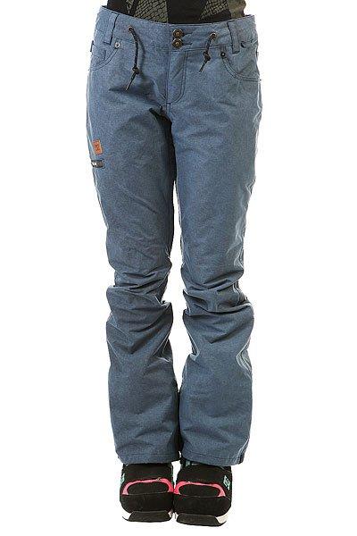 Штаны сноубордические женские DC Viva Pnt Insignia BlueГородской стиль в сноубордической одежде всегда будет актуален, а если еще добавить мембрану EXOTEX, то такие штаны станут идеальными для снежной зимы.Технические характеристики: Мембрана EXOTEX 15.Теплая и уютная подкладка из тафты со вставками из трикотажа с начесом.Полностью проклеенные швы.Вентиляция за счет сеточных вставок.Система пристегивания куртки к штанам.Шнуровка-утяжка.Регулировка талии (с изнанки).Гетры для сноубордического ботинка с водоотталкивающей пропиткой DWR.Вставка на молнии для регулировки ширины нижней части штанины.Кармашек для мелочи на липучке Velcro.Утепленные основные карманы, в которых можно быстро согреть руки.Набедренный карман на молнии.Задние карманы на молнии.<br><br>Цвет: синий<br>Тип: Штаны сноубордические<br>Возраст: Взрослый<br>Пол: Женский