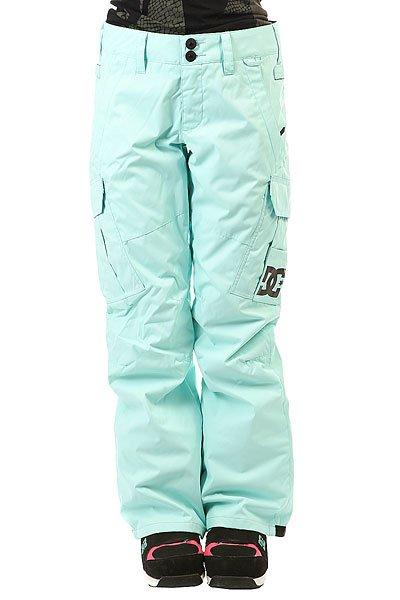 Штаны сноубордические женские DC Ace Pnt Aruba BlueКлассические сноубордические штаны с надежной мембраной EXOTEX и утеплителем.Технические характеристики: Мембрана EXOTEX 10.Технологичный текстиль кареточного плетения.Теплая и уютная подкладка из тафты.Утеплитель 40 г.Критические швы проклеены.Вентиляция за счет сеточных вставок.Система пристегивания куртки к штанам.Регулировка талии (с изнанки).Эргономичный крой с акцентированной областью колена.Гетры для сноубордического ботинка с водоотталкивающей пропиткой DWR.Вставка на кнопке для регулировки ширины нижней части штанины.Карманы с утепленной подкладкой на молнии.Карманы-карго с защитным клапаном на липучке Velcro.Задние карманы на липучке Velcro.Система утяжки краев штанин для предотвращения их износа и загрязнения.Классический крой.<br><br>Цвет: голубой<br>Тип: Штаны сноубордические<br>Возраст: Взрослый<br>Пол: Женский