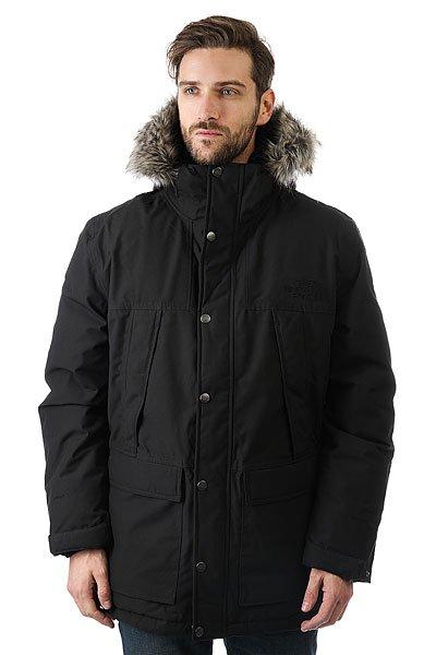 Куртка парка The North Face Mountain Murdo BlackСамая популярная куртка The North Face, которая защитит от мокрого снега и холода. Технология DryVent™ гарантирует сухость внутри и снаружи куртки, повышая тем самым продолжительность Вашего дня, а сжимаемый сертифицированный (RDS) гусиный пух обеспечивает неизменную теплоту.Технические характеристики: Технологичная ткань  2L DryVent™.Утеплитель 550 fill down, сертифицированный гусиный пух (RDS).Подкладка из переработанного полиэстера с принтом.Альпийские карманы.Внутренний нагрудный карман.Съемный искусственный мех на съемном капюшоне.Внутренняя утяжка талии и подола.Теплые трикотажные манжеты.Внешние манжеты на кнопках.Застежка на молнии с ветрозащитным клапаном.<br><br>Цвет: черный<br>Тип: Куртка парка<br>Возраст: Взрослый<br>Пол: Мужской
