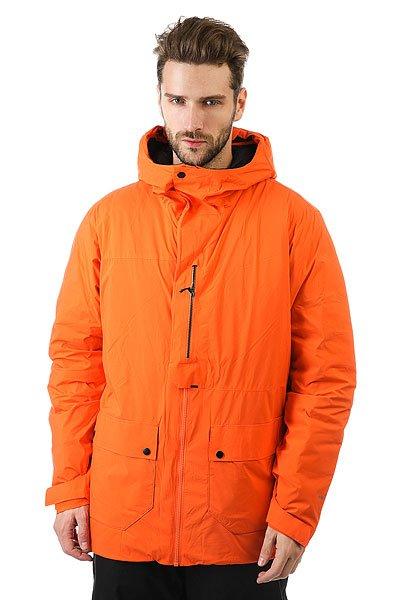 Куртка Quiksilver Stratocumulus FlameСамая теплая, легкая и эффективно дышащая куртка. Во время восхождений и многочасового треккинга по горным хребтам важен каждый лишний грамм, не менее важна и уверенность в том, что Вы не замерзнете. Вот почему Quiksilver использует технологичный материал WINDSTOPPER® и пуховый наполнитель PRIMALOFT® для создания теплой и легкой одежды для убежденных покорителей вершин.Технические характеристики: Материал с мембраной - Gore® Windstopper®.Утеплитель PrimaLoft® Black.Подкладка PERTEX® со вставками из трикотажа с начесом.Вентиляционные отверстия на молнии.Капюшон с регулировкой.Внутренний карман для маски, медиа карман.Карманы для рук.Ткань для протирки фильтра маски внутри одного из карманов.Съемная снежная юбка из тафты с добавлением лайкры.Брелок для ключей.Водостойкие молнии YKK® Aquaguard®.<br><br>Цвет: оранжевый<br>Тип: Куртка утепленная<br>Возраст: Взрослый<br>Пол: Мужской