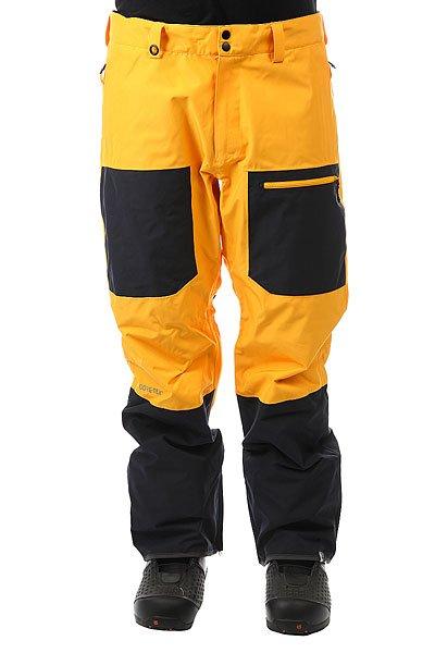Штаны сноубордические Quiksilver Tr Invert Cadmium YellowИскусство полета, искусство экипировки, искусство стиля: если Трэвису Райсу предстоит высадиться с вертолета на острый горный гребень Аляски, можете не сомневаться, на нем будет катальная одежда Highline. Коллекция Highline представлена верхними моделями и высшими технологиями водонепроницаемости из доступных сегодня. В такой одежде тепло и сухо день за днем, неделю за неделей, какой бы ни была погода на очередной вершине, что Вы собираетесь покорить.Технические характеристики: Мембрана 2L GORE-TEX®.Шелл.Подкладка из тафты и сетки с трикотажными вставками с начесом.Полностью проклеенные швы.Вентиляция за счет сеточных вставок.Система пристегивания куртки к штанам.Регулируемая талия на утяжке.Мягкий трикотаж с начесом с изнанки пояса.Холдер для скипасса.Края штанин с дополнительно расширяющей вставкой на молнии.Нетканые края штанин Bemis®.Усиленные кевларом края штанин для большей износостойкости.Гетры для ботинок из тафты со вставкой из лайкры.Система утяжки краев штанин для предотвращения их загрязнения и износа.Водонепроницаемые молнии YKK® Aquaguard®.<br><br>Цвет: черный,желтый<br>Тип: Штаны сноубордические<br>Возраст: Взрослый<br>Пол: Мужской