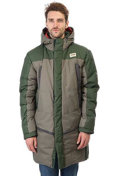 Куртка парка Запорожец Telogreika Dark Olive/GreenУдлиненная мужская куртка от российского бренда Запорожец из прочного нейлона с утеплителем.Технические характеристики: Прочная нейлоновая ткань.Водоотталкивающая обработка.Удлиненный крой.Регулируемый капюшон.Нагрудные карманы, карманы для рук и внутренние карманы.Застежка на молнии с ветрозащитным клапаном на липучках.<br><br>Цвет: зеленый,серый<br>Тип: Куртка парка<br>Возраст: Взрослый<br>Пол: Мужской