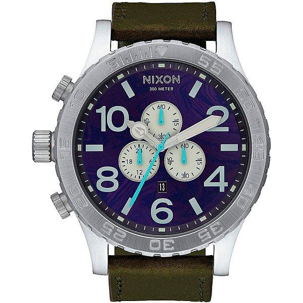Кварцевые часы Nixon 51-30 Chrono Leather Purple/OliveСтильные классические часы с хронографом, дополненные прочным ремешком из натуральной кожи, который добавляет общему силуэту строгости. Nixon 51-30 Chrono Leather снабжены надежнымяпонским кварцевым механизмом Miyota с дополнительнойфункцией хронографа и индикатора даты, так что эти часы будут не только стильным аксессуаром, выгодно дополняющим Ваш образ, но и полезной функциональной вещью.Характеристики:Японский механизмMiyota. 6 стрелок.Дата (напротив 6 часов). Хронограф. Прочный корпус из нержавеющей стали.Завинчивающаяся задняя крышка из нержавеющей стали. Закаленное минеральноестекло. Светящаяся в темноте индикация. Однонаправленный вращающийся безель с таймером обратного отсчета. Водонепроницаемость: 300 метров / 30 АТМ. Ремешок из натуральной кожи. Застежка из нержавеющей стали.<br><br>Тип: Кварцевые часы<br>Возраст: Взрослый<br>Пол: Мужской