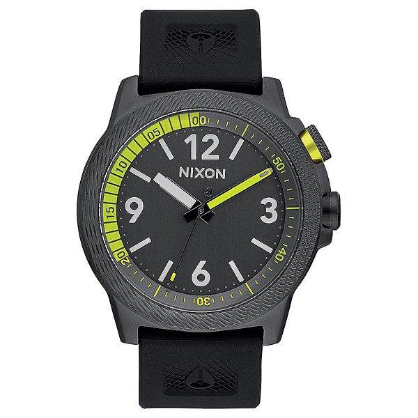 Кварцевые часы Nixon Cardiff Sport All GunmetalNixon Cardiff Sport- отличное решение для тех, кто ищет удобные часы на мягком силиконовом ремешке, но при этом желают видеть надежный корпус из нержавеющей стали. Помимо четко читаемого циферблата часы снабжены поворотным кольцом, осуществляющим функцию таймера обратного отсчета, а стильное цветовое решение добавит динамики образу, говоря о Вашей любви к активным видам спорта.Характеристики:Японский кварцевый механизмMiyota. 3 стрелки. Функции: часы, минуты, секунды, таймер обратного отсчета. Двунаправленно-вращающий ободок циферблата, реализующий функцию таймера. Фиксированный безель из нержавеющей стали. Корпус из нержавеющей стали. Задняя крышка из нержавеющей стали. Закалённое минеральное стекло. Двойное уплотнение головки.Водонепроницаемость: 100 метров / 10 ATM. Силиконовый ремешок.Запатентованная петля ремешка с фирменным логотипом. Пряжка из нержавеющей стали.<br><br>Тип: Кварцевые часы<br>Возраст: Взрослый<br>Пол: Мужской