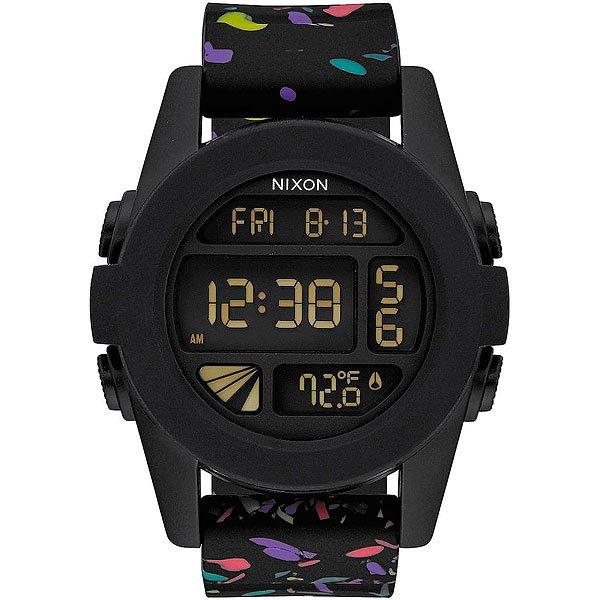 Электронные часы Nixon Unit Black Multi SpeckleКомпактные часы с выдающимися характеристиками.Технические характеристики: Дисплей с двойным временем, календарем, датчиком температуры, таймером обратного отсчета, хронографом, будильником и подсветкой.LCD дисплей из поликарбоната.Литой корпус и фиксированный безель из поликарбоната.Закаленное минеральное стекло.Литые, формованные кнопки из поликарбоната.Литой силиконовый ремешок с запатентованной блокировкой и пряжкой из поликарбоната.<br><br>Тип: Электронные часы<br>Возраст: Взрослый<br>Пол: Мужской