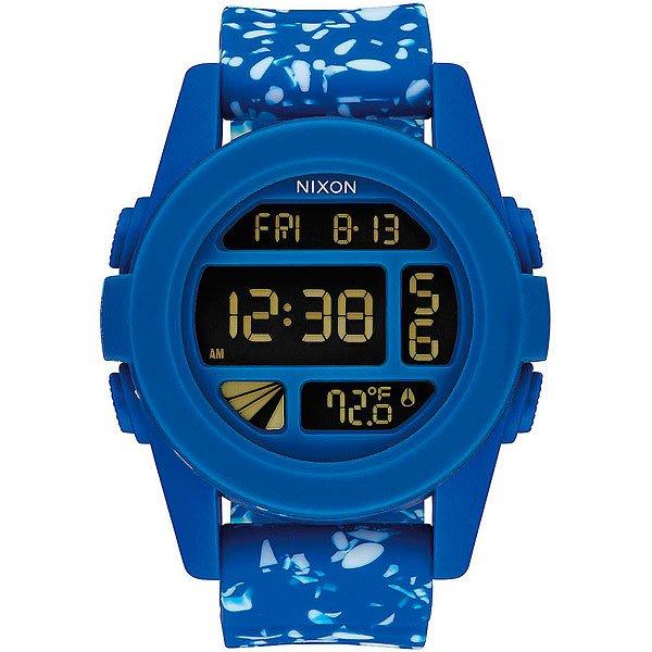 Электронные часы Nixon Unit Cobalt SpeckleКомпактные часы с выдающимися характеристиками.Технические характеристики: Дисплей с двойным временем, календарем, датчиком температуры, таймером обратного отсчета, хронографом, будильником и подсветкой.LCD дисплей из поликарбоната.Литой корпус и фиксированный безель из поликарбоната.Закаленное минеральное стекло.Литые, формованные кнопки из поликарбоната.Литой силиконовый ремешок с запатентованной блокировкой и пряжкой из поликарбоната.<br><br>Тип: Электронные часы<br>Возраст: Взрослый<br>Пол: Мужской