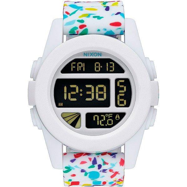 Электронные часы Nixon Unit White Multi SpeckleКомпактные часы с выдающимися характеристиками.Технические характеристики: Дисплей с двойным временем, календарем, датчиком температуры, таймером обратного отсчета, хронографом, будильником и подсветкой.LCD дисплей из поликарбоната.Литой корпус и фиксированный безель из поликарбоната.Закаленное минеральное стекло.Литые, формованные кнопки из поликарбоната.Литой силиконовый ремешок с запатентованной блокировкой и пряжкой из поликарбоната.<br><br>Тип: Электронные часы<br>Возраст: Взрослый<br>Пол: Мужской