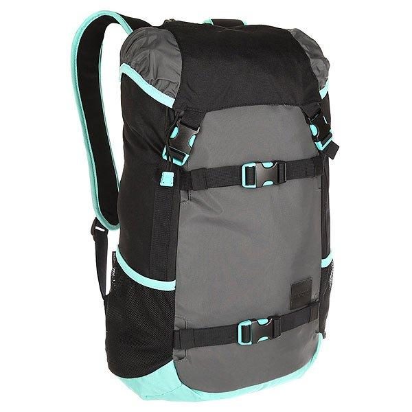Рюкзак туристический Nixon Landlock Backpack Se Black/ArubaВместительный рюкзак с креплениями для доски. Теперь Вы можете смело отправляться на самый дальний спот, захватив с собой все необходимое и даже больше. Nixon Landlock отлично подойдет для путешествий: благодаря полезному объему в 33 литра Вам, возможно, даже не придется брать с собой чемодан. А слегка аутентичный вид отлично впишется в Ваш городской лук, добавив стиля. Характеристики:Внешние крепления для доски. Ручка для переноски. Кожаный логотип. Основной отсек закрывается на верхний клапан и дополнительно утягивается шнурком. Внутренние карманы на молнии в основном отсеке. Эргономичная мягкая спинка. Мягкие лямки. Боковые карманы.Материал: прочный полиэстер 600D. Материал подкладки: полиэстер 210D.<br><br>Цвет: черный,голубой<br>Тип: Рюкзак туристический<br>Возраст: Взрослый<br>Пол: Мужской