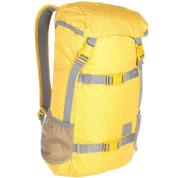 Рюкзак туристический Nixon Landlock Backpack Se DijonВместительный рюкзак с креплениями для доски. Теперь Вы можете смело отправляться на самый дальний спот, захватив с собой все необходимое и даже больше. Nixon Landlock отлично подойдет для путешествий: благодаря полезному объему в 33 литра Вам, возможно, даже не придется брать с собой чемодан. А слегка аутентичный вид отлично впишется в Ваш городской лук, добавив стиля. Характеристики:Внешние крепления для доски. Ручка для переноски. Кожаный логотип. Основной отсек закрывается на верхний клапан и дополнительно утягивается шнурком. Внутренние карманы на молнии в основном отсеке. Эргономичная мягкая спинка. Мягкие лямки. Боковые карманы.Материал: прочный полиэстер 600D. Материал подкладки: полиэстер 210D.<br><br>Цвет: желтый,серый<br>Тип: Рюкзак туристический<br>Возраст: Взрослый<br>Пол: Мужской