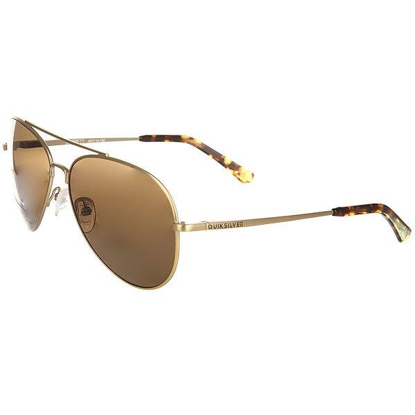 Очки Quiksilver Barrett Matte Real Gold/BrownМужские солнцезащитные очки в тонкой металлической оправе с линзами ZEISS.Технические характеристики: Оправа из металла и ацетата.Ударопрочные линзы из поликарбоната.Гибкие встроенные петли.100% защита от ультрафиолетовых лучей.3 категория защиты от солнца.Линзы ZEISS.Совместимы с корректирующими очками.<br><br>Цвет: желтый<br>Тип: Очки<br>Возраст: Взрослый<br>Пол: Мужской