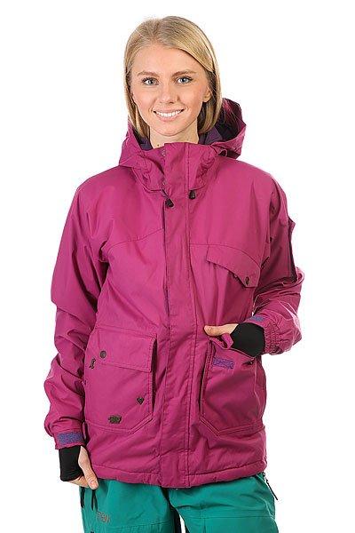 Куртка утепленная женская Santa Cruz Sc Sugar N Spice 10k TealУниверсальная куртка, которая создана для города и активного отдыха. Удобный крой, необходимые детали в виде карманов и съемной снежной юбки, позволят носить куртку хоть каждый день. А в более холодную погоду можно легко утеплиться дополнительным слоем одежды.Характеристики:Воздухопроницаемая подкладка из сетки и тафты. Регулируемый капюшон. Нагрудные карманы и карманы для рук.Вентиляционные отверстия на молнии с подкладкой из сетки. Эластичные манжеты на кнопке. Съемная снежная юбка. Подол на утяжке для регулировки объема и защиты от ветра. Застежка на молнии с ветрозащитным клапаном на липучках.Просторный крой, не сковывающий движений.<br><br>Цвет: фиолетовый<br>Тип: Куртка утепленная<br>Возраст: Взрослый<br>Пол: Женский