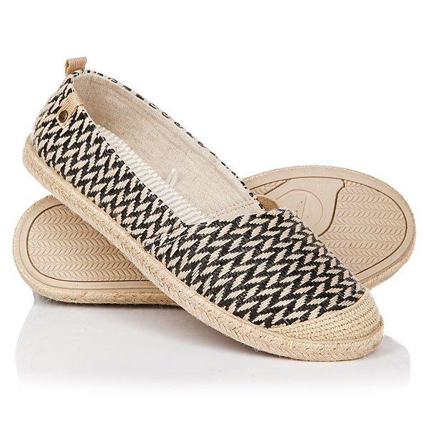 Эспадрильи женские Roxy Flamenco Black/TanЭспадрильи, пожалуй, самая легкая и удобная летняя обувь, которую можно легко ибыстро надеть илиснять. Roxy Flamenco пропитаны духом морского бриза и жарким летним солнцем и всегда готовы добавить образу непринужденности и женственности.Характеристики:Клепка с фирменным логотипом сбоку. Отделка носа джутом. Гибкая подошва TPR из термопластичной формованной резины. Подошва с джутовой отделкой. Мягкая стелька с текстильной отделкой.<br><br>Цвет: бежевый,черный<br>Тип: Эспадрильи<br>Возраст: Взрослый<br>Пол: Женский