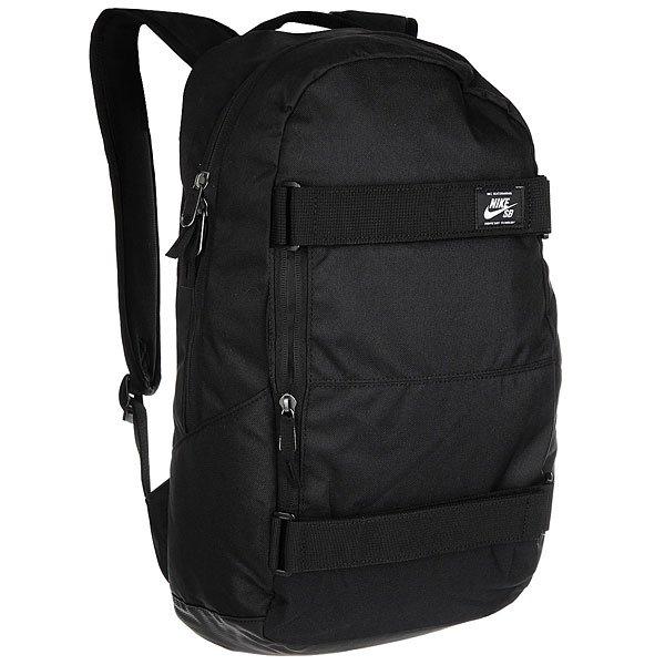 Рюкзак спортивный Nike SB Courthouse Backpack BlackКомпактный городской рюкзак Nike подойдет для университета или небольших прогулок с любимым скейтом. Истинная красота в простоте, так что Вы гарантированно не сможете пройти мимо рюкзака Nike CRTHS. Характеристики:Просторное основное отделение на двойной молнии. Вмещает ноутбук с диагональю до 15.Удобные ремни для скейтборда. Нагрудный ремень. Анатомические лямки. Водоотталкивающий материал.Петля для крючка.Фирменное лого Nike.<br><br>Цвет: черный<br>Тип: Рюкзак спортивный<br>Возраст: Взрослый