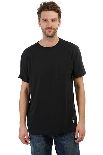 Футболка DC Basic Pocket Black<br><br>Цвет: черный<br>Тип: Футболка<br>Возраст: Взрослый<br>Пол: Мужской