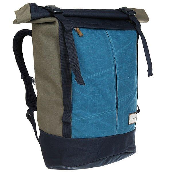 Рюкзак туристический Quiksilver New Roll Top Four Leaf CloverТуристический рюкзак New Roll для активного отдыха и путешествий. В нем есть все, что нужно для комфортного отдыха: удобный дизайн, множество карманов и достаточный объем для всего необходимого.Технические характеристики: Дизайн Roll-top.Одно основное отделение с застежкой на пряжках.Отделение для ноутбука.Передний карман на молнии.Верхний карман на молнии.Эргономичные лямки.Плотная спинка из сетки.Нагрудный ремень.Объем 29 литров.<br><br>Цвет: синий,голубой,зеленый<br>Тип: Рюкзак туристический<br>Возраст: Взрослый<br>Пол: Мужской
