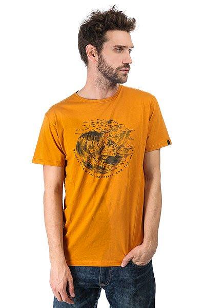 Футболка Quiksilver Engraved Golden Glow<br><br>Цвет: оранжевый<br>Тип: Футболка<br>Возраст: Взрослый<br>Пол: Мужской