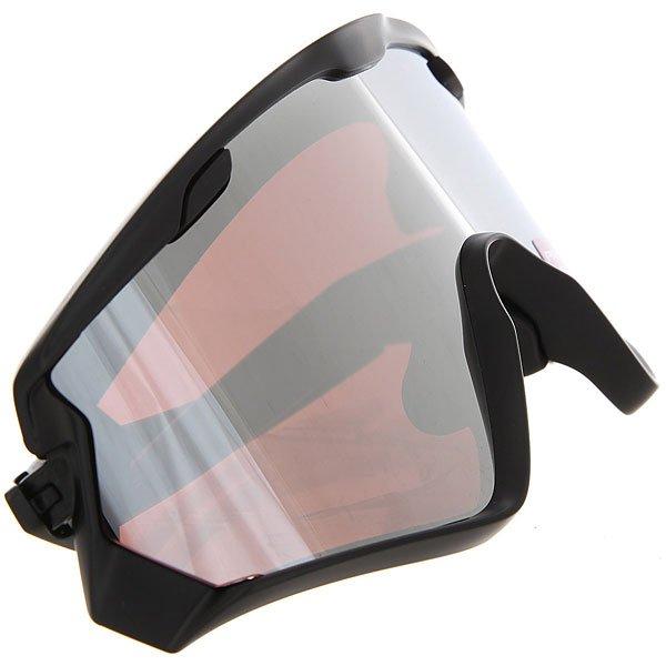 Очки Oakley Wind Jacket 2.0 Matte Black/Prizm Black IridiumИзначально разработанные для мотоциклистов, надежные и стильныесолнечные очки Oakley Wind Jacketснабжены специальными съемными внутренними вкладками, которые плотно прилегают к коже лица вокруг глаз, тем самым уберегая вас от ветра и пыли. При желании, к очкам можно присоединить и специальный ремешок, который предотвратит сползание во время быстрой езды. Характеристики:Уникальная форма оправы гарантирует максимальную ширину обзора. Линзы со 100% УФ-фильтром.Съемные внутренние вкладки. Мягкая сумочка в комплекте.<br><br>Цвет: черный<br>Тип: Очки<br>Возраст: Взрослый<br>Пол: Мужской