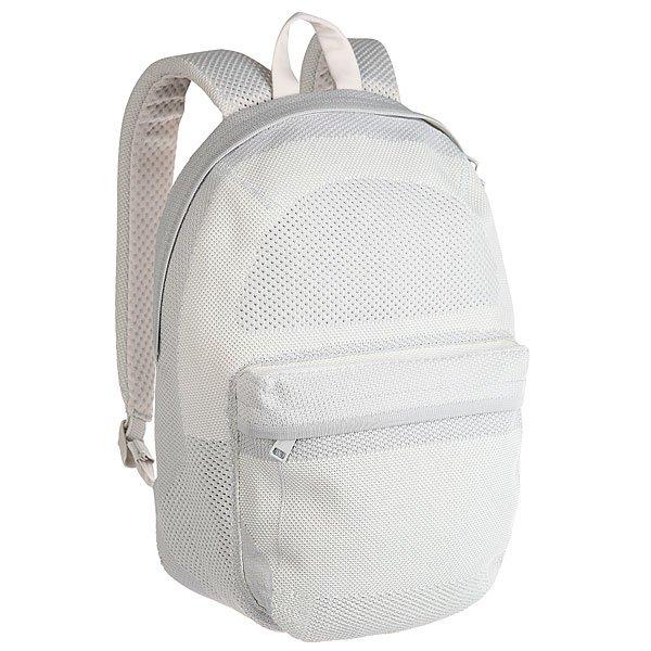 Рюкзак городской Herschel Lawson Apex Knit Quiet Grey/Nibus CloudНоваторский дизайн в рюкзаке Apex Lawson сочетает в себе классический стиль и современные технологии в ткани ApexKnit™. Четко выстроенная форма и прогрессивная эстетика заключена в практически бесшовном силуэте с тонкими фирменными акцентами.Технические характеристики: Технологичная ткань ApexKnit™.Карман для ноутбука 15 из неопрена с органайзером.Передний карман на молнии.Ремни из двойной пены EVA и спинка из сетки.Безопасные регулируемые ремни и усиленная ручка для переноски.Дизайн BHW.<br><br>Цвет: серый<br>Тип: Рюкзак городской<br>Возраст: Взрослый