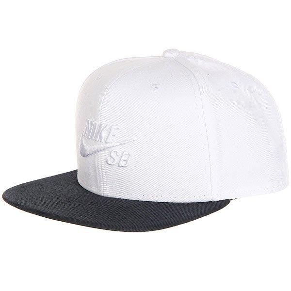 Бейсболка с прямым козырьком Nike SB Icon Snapback Cap Black/White<br><br>Цвет: белый,черный<br>Тип: Бейсболка с прямым козырьком<br>Возраст: Взрослый<br>Пол: Мужской