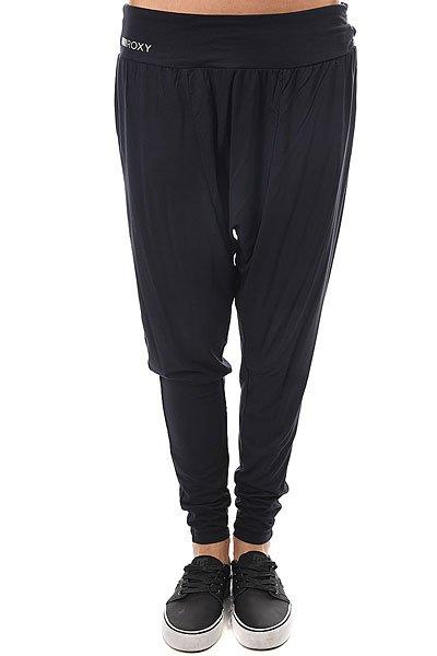 Термобелье (низ) женское Roxy Hurrica Pant AnthraciteОтличные женские спортивные брюки свободного кроя от Roxy.Характеристики:Широкий пояс. Свободный крой. Зауженные штанины. Логотип производителя на поясе.<br><br>Цвет: черный<br>Тип: Термобелье (низ)<br>Возраст: Взрослый<br>Пол: Женский