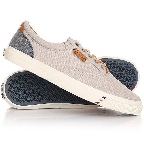 Кеды кроссовки низкие Wrangler Icon Board Lt.GreyЛегкие и удобные эти кеды не доставят неудобств при движении, в этой обуви удобно и они отлично смотрятся на ноге. Модель выполнена из натурального материала канвас и дополнена хлопковой стелькой, поэтому Вам будет комфортно, а нога не будет задыхаться.Характеристики:Верх из многослойного текстиля.Мягкая внутренняя съемная стелька из пенорезины EVA с дополнительным подпяточником. Тонкий воротник и язычок. Внутренняя отделка из текстиля.Декоративная кожаная отделка воротника.Круглая  шнуровка с тонированными металлическими люверсами.Цельнокроеный носок.Гибкая вулканизированная резиновая подошва.<br><br>Цвет: серый<br>Тип: Кеды низкие<br>Возраст: Взрослый<br>Пол: Мужской