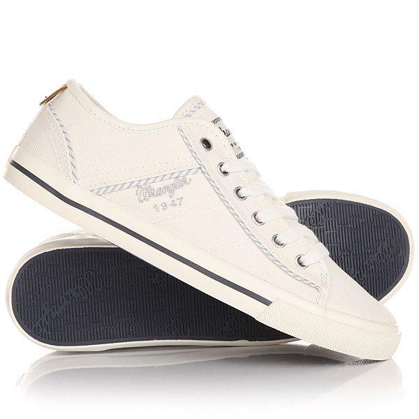 Кеды кроссовки низкие женские Wrangler Starry America WhiteДля всех ценителей кед, предлагаем стильную модель на весенне-летний сезон отWrangler.Кеды - это отличная обувь, для нее характерно удобство и практичность. Такая обувь не будет стеснять Ваших движений, а наоборот, в долгих прогулках и занятиях спортом позаботится о комфорте Ваших ног.Характеристики:Кеды выполнены из прочного материала канвас, который позволит Вашей ноге дышать, а благодаря особой пропитке, обладает водоотталкивающим эффектом. Кеды декорированы аккуратными прострочками и цветными вставками. На боковой поверхности и язычке модели красуется фирменный логотип компании. Плоская шнуровка.Подошва из вулканической резины дополнена рифлениями, повышающими сцепление с поверхностью.<br><br>Цвет: белый<br>Тип: Кеды низкие<br>Возраст: Взрослый<br>Пол: Женский
