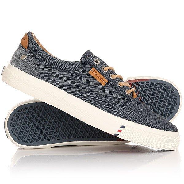 Кеды кроссовки низкие Wrangler Icon Board NavyЛегкие и удобные эти кеды не доставят неудобств при движении, в этой обуви удобно и они отлично смотрятся на ноге. Модель выполнена из натурального материала канвас и дополнена хлопковой стелькой, поэтому Вам будет комфортно, а нога не будет задыхаться.Характеристики:Верх из многослойного текстиля. Мягкая внутренняя съемная стелька из пенорезины EVA с дополнительным подпяточником. Тонкий воротник и язычок. Внутренняя отделка из текстиля. Декоративная кожаная отделка воротника.Круглая  шнуровка с тонированными металлическими люверсами.Цельнокроеный носок.Гибкая вулканизированная резиновая подошва.<br><br>Цвет: синий<br>Тип: Кеды низкие<br>Возраст: Взрослый<br>Пол: Мужской