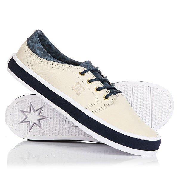 Кеды кроссовки низкие DC Trase Lx Sand DollarКлассические всеми любимые DC Trase с аккуратным силуэтом, которые не перестают быть ежесезонной маст-хэв составляющей гардероба. Эти базовые кеды на удобной вулканизированной подошве готовы отлично вписаться в любой стиль, позволяя наслаждаться длительными прогулками в комфортной и удобной обуви.Характеристики:Фирменный логотип на язычке и сбоку.Металлические люверсы шнуровки. Круглые вощеные шнурки с металлическими люверсами. Мягкая область лодыжки. Фирменный логотип на пятке.Гибкая каучуковая подошва. Фирменный цепкий протектор Pill Pattern.Вулканизированная конструкция подошвы.<br><br>Цвет: синий,бежевый<br>Тип: Кеды низкие<br>Возраст: Взрослый<br>Пол: Мужской