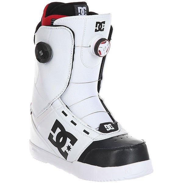 Ботинки для сноуборда DC Control White/BlackМужские сноубордические ботинки Control из сноубордической коллекции DC Shoes.Технические характеристики: Шнуровка Boa® H3 Coiler Closure System с двумя дисками и зональной регулировкой.Подошва Foundation UniLite.Внутренний сапог Red.Базовая стелька Snow Basic.Эргономичная конструкция.<br><br>Цвет: черный,белый<br>Тип: Ботинки для сноуборда<br>Возраст: Взрослый<br>Пол: Мужской