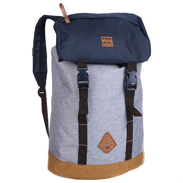 Рюкзак туристический Billabong Track Pack Grey Heather/NavyИдеальный рюкзак для спонтанной поездки. Открывайте новые дороги с функциональным рюкзаком Track Pack!Технические характеристики: Основное отделение на застежке-утяжке.Карман для ноутбука с внешним доступом.Карман на клапане.Мягкие ремни с регулировкой.<br><br>Цвет: серый,синий<br>Тип: Рюкзак туристический<br>Возраст: Взрослый