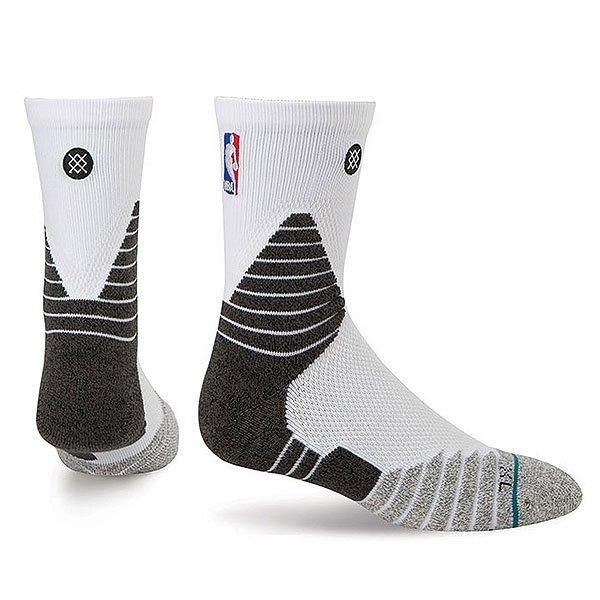 Носки средние Stance Nba Oncourt Solid Qtr White<br><br>Цвет: черный,серый,белый<br>Тип: Носки средние<br>Возраст: Взрослый<br>Пол: Мужской