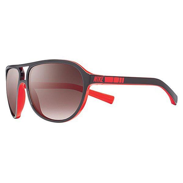 Очки Nike Vintage Mdl. 72 (Mauve Gradient), Night Stadium/Total CrimsonВинтажные очки в классической оправе в сочетании с богатой цветовой гаммой.Технические характеристики: Винтажный стиль.Многослойная окраска.Оправа и линзы из ацетата.Ручная работа.100% защиты от УФ-лучей (UVA, UVB и UVC).Логотип Nike.Длина оправы - 14 см, длина дужки - 12 см, высота оправы - 5 см.<br><br>Тип: Очки<br>Возраст: Взрослый<br>Пол: Мужской
